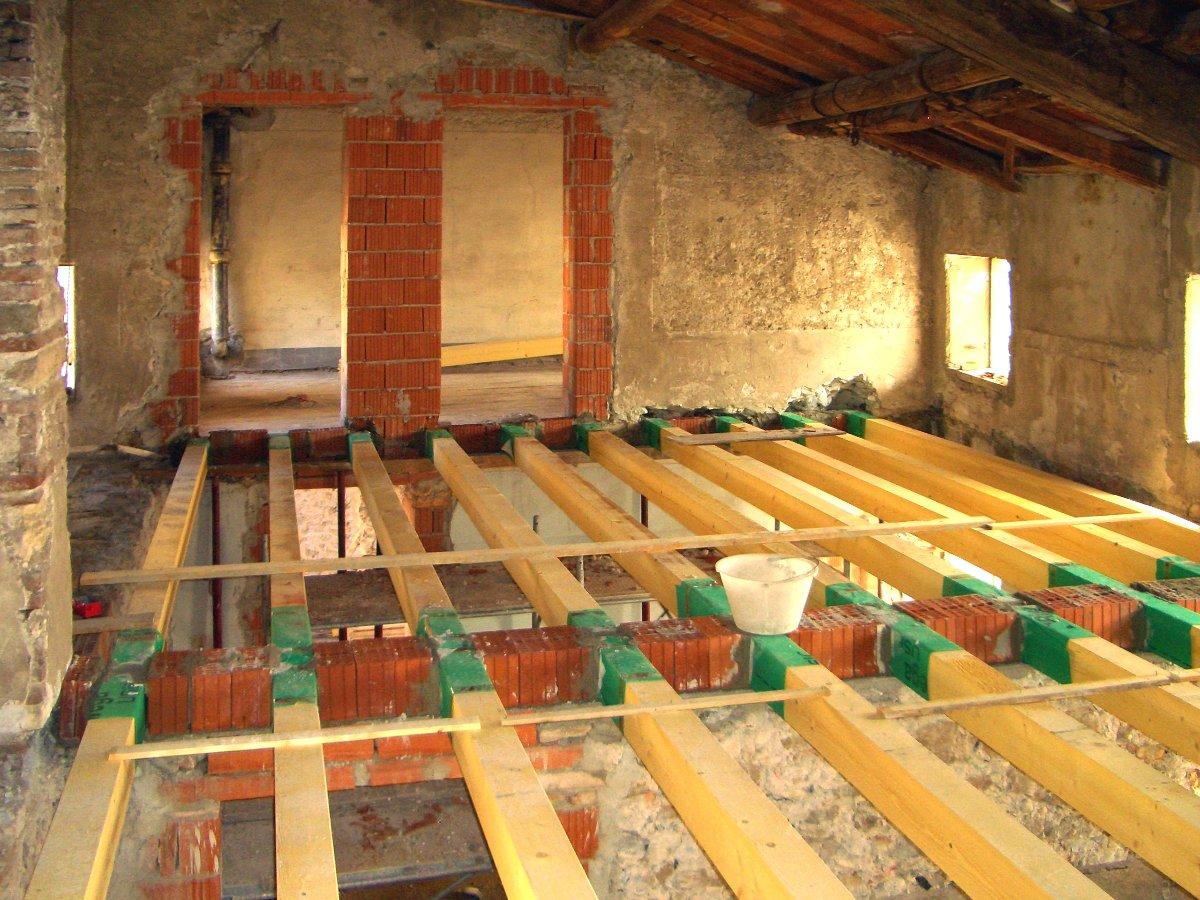 Demolizione Solaio In Legno.Realizzazioni Arc Costruzioni Immobiliare Studioart
